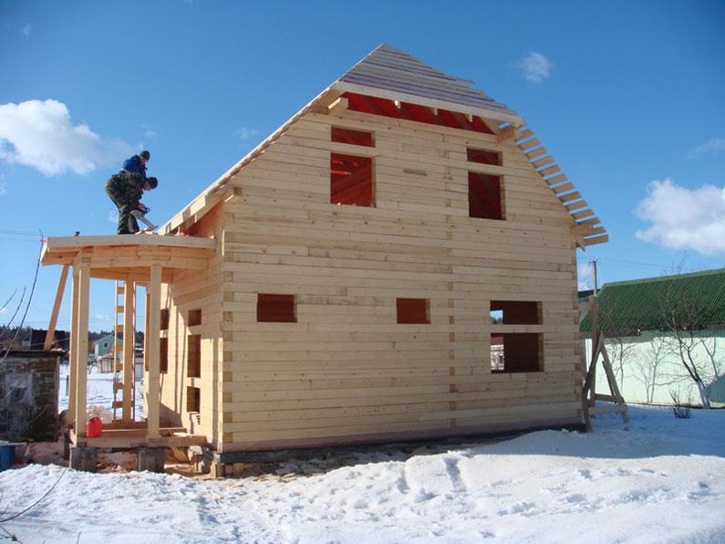 строительство брусового дома зимой