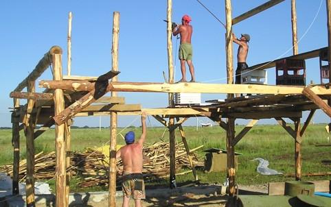 строительные леса из подручных материалов