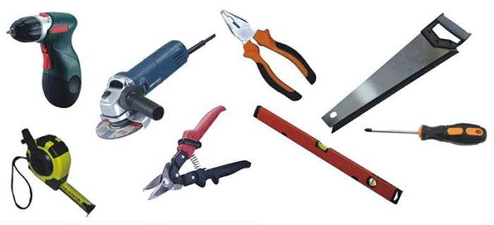 Инструменты для отделки дома из бруса