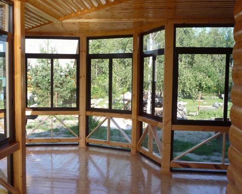 Остекление деревянной террасы